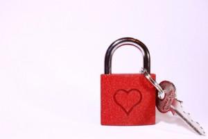 graviertes Schloss zum Valentinstag